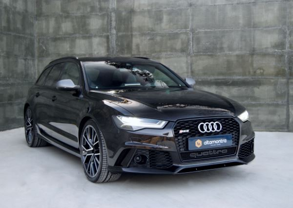 Audi RS6 Avant Quattro Performance